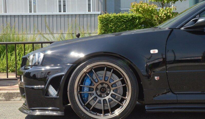 Nissan Skyline BNR34 GT-R V-spec full